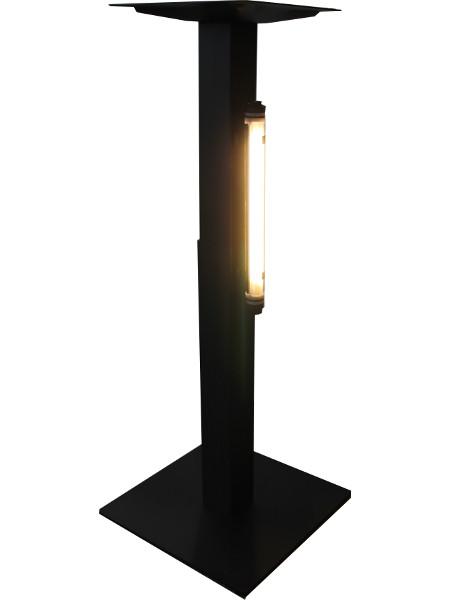 LED-Lumination: Magnetische Halter ermöglichen auch eine Befestigung an Stehtisch-Untergestellen aus Metall.